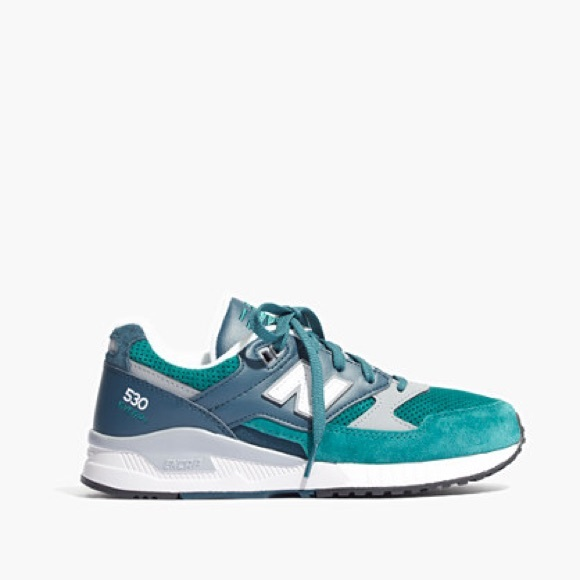 superior quality b553b 43d16 Madewell New Balance 530 Sneakers in Green Blue